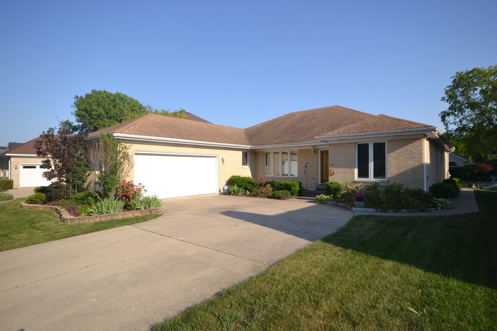 1041 E Thomas Street, Arlington Heights, IL 60004 - #: 10749446