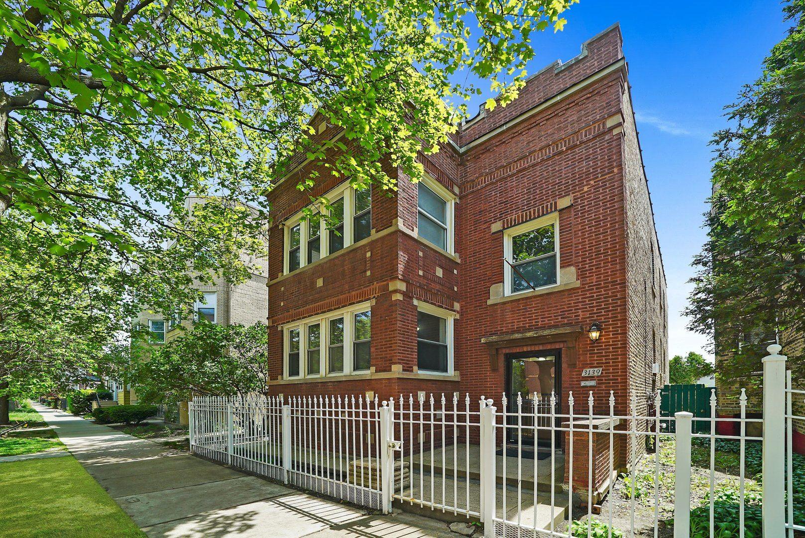 3139 W Leland Avenue, Chicago, IL 60625 - #: 11217448