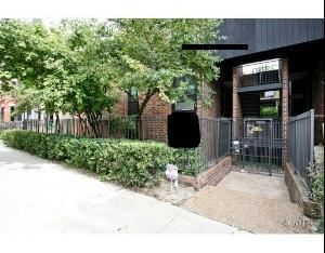 Photo of 2225 North Halsted Street #22, CHICAGO, IL 60614 (MLS # 10308449)
