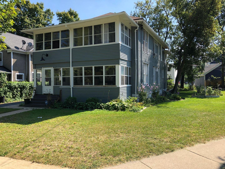 329 W Maple Avenue, Libertyville, IL 60048 - #: 11026449