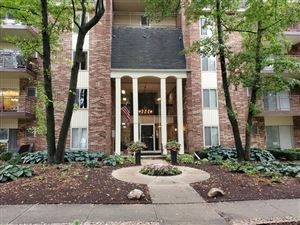 Photo of 4900 Forest Avenue #108, Downers Grove, IL 60515 (MLS # 10548450)