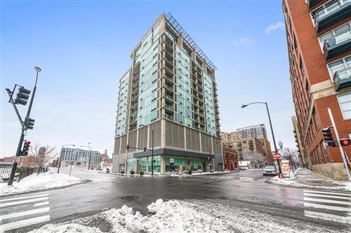 Photo of 700 W VAN BUREN Street #1205, Chicago, IL 60607 (MLS # 11012451)