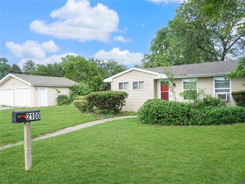 Photo of 2100 Fern Street, Crest Hill, IL 60403 (MLS # 11175451)