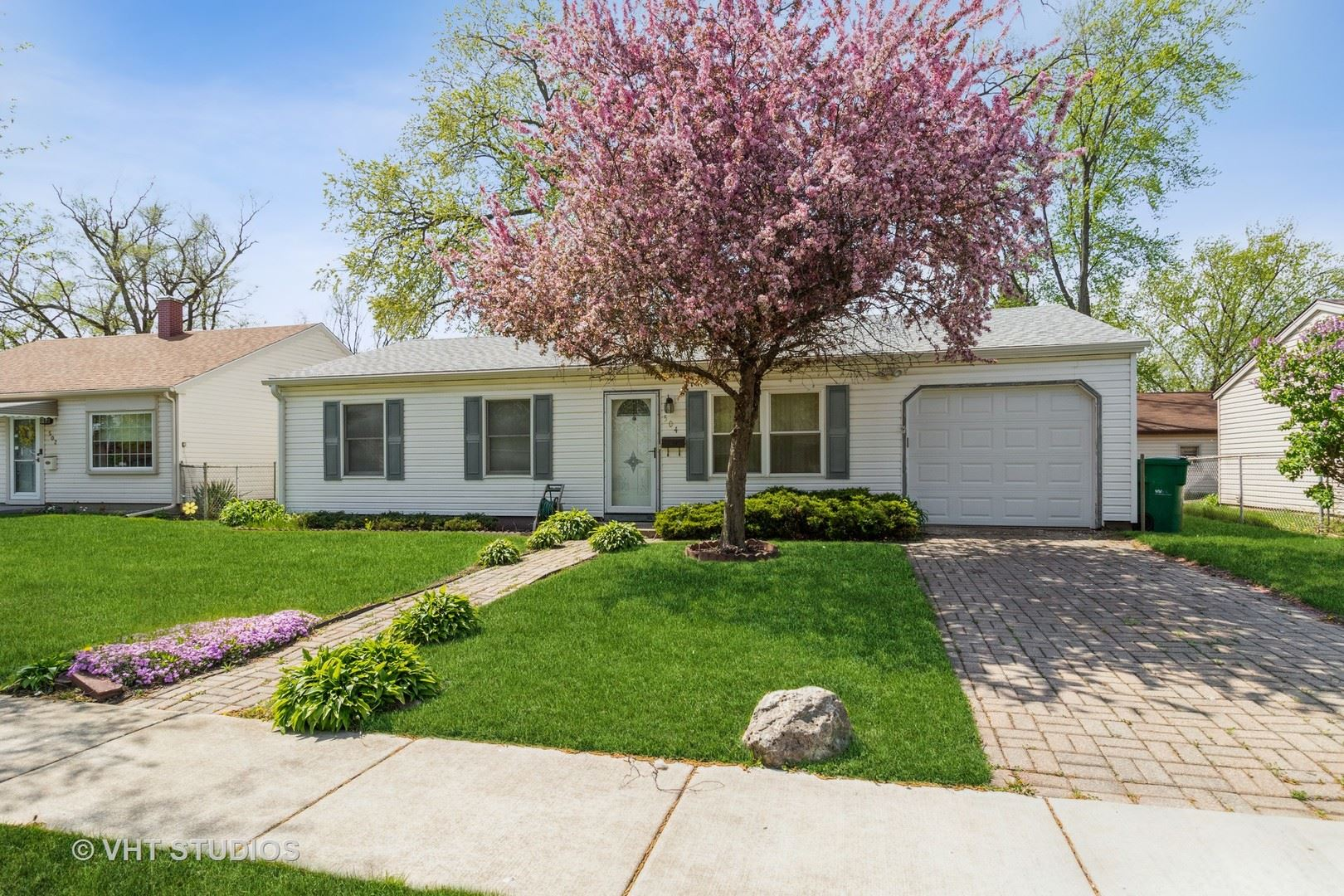 Photo of 504 Amherst Avenue, Romeoville, IL 60446 (MLS # 11068454)