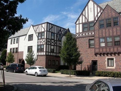 Photo of 1099 Merrill Street #K1, Winnetka, IL 60093 (MLS # 10863455)