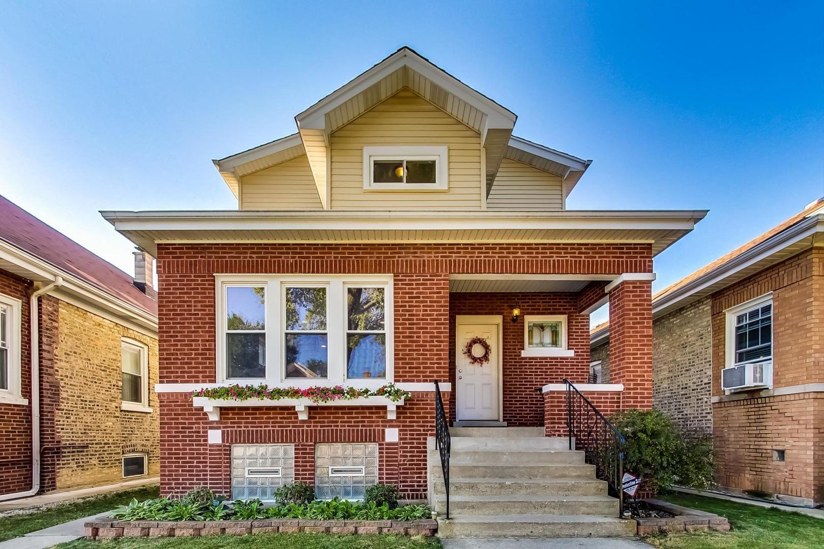 4851 W Cornelia Avenue, Chicago, IL 60641 - #: 11218455