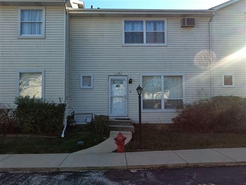 Photo of 108 Raintree Court, Aurora, IL 60504 (MLS # 10934458)