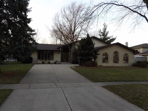 Photo of 12200 Somerset Road, Orland Park, IL 60467 (MLS # 10953458)