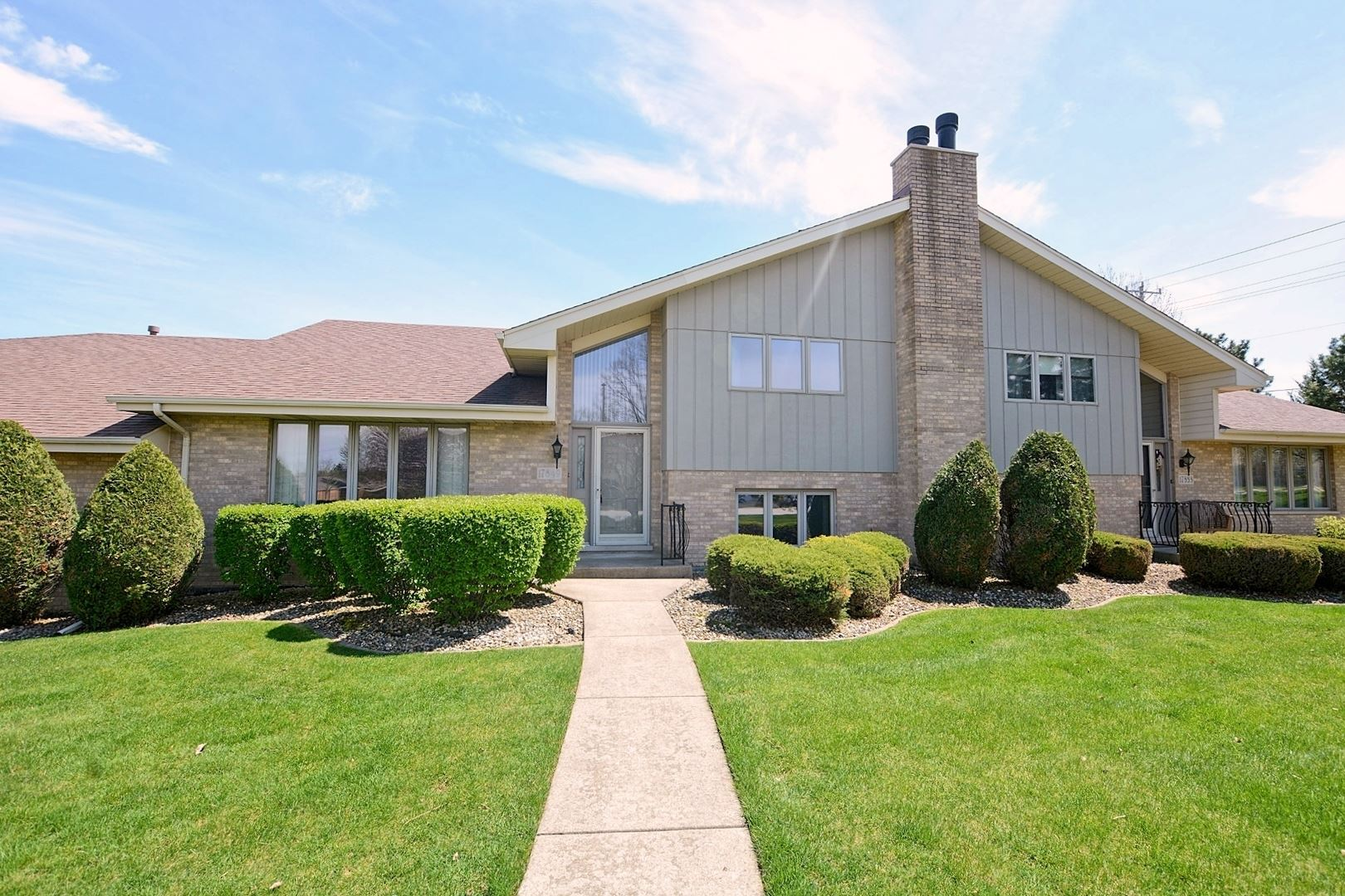 17849 BERNARD Drive, Orland Park, IL 60467 - #: 10704459
