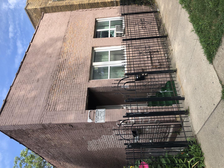 2702 S homan Avenue, Chicago, IL 60623 - #: 10810459