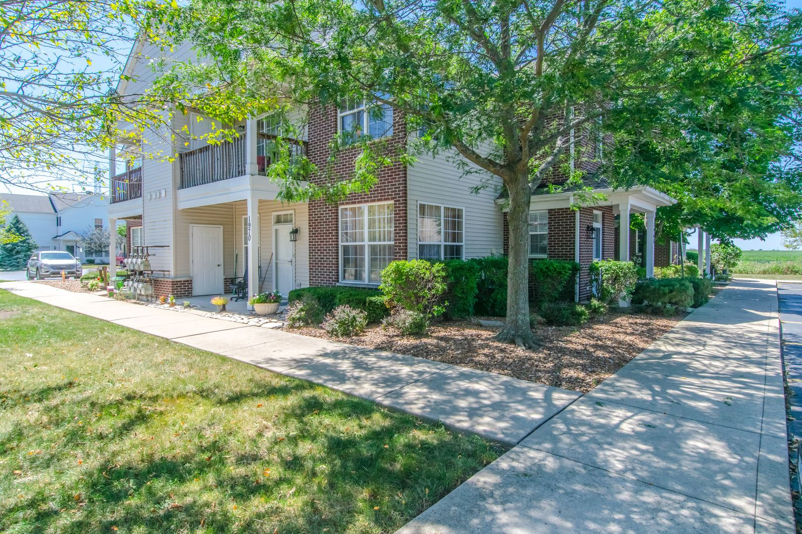 Photo of 1968 Parkside Drive #1968, Shorewood, IL 60404 (MLS # 10818459)