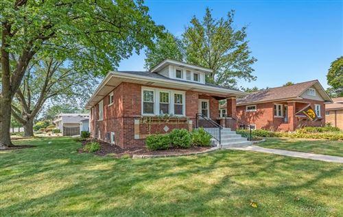Photo of 902 Webster Avenue, Wheaton, IL 60187 (MLS # 11220464)