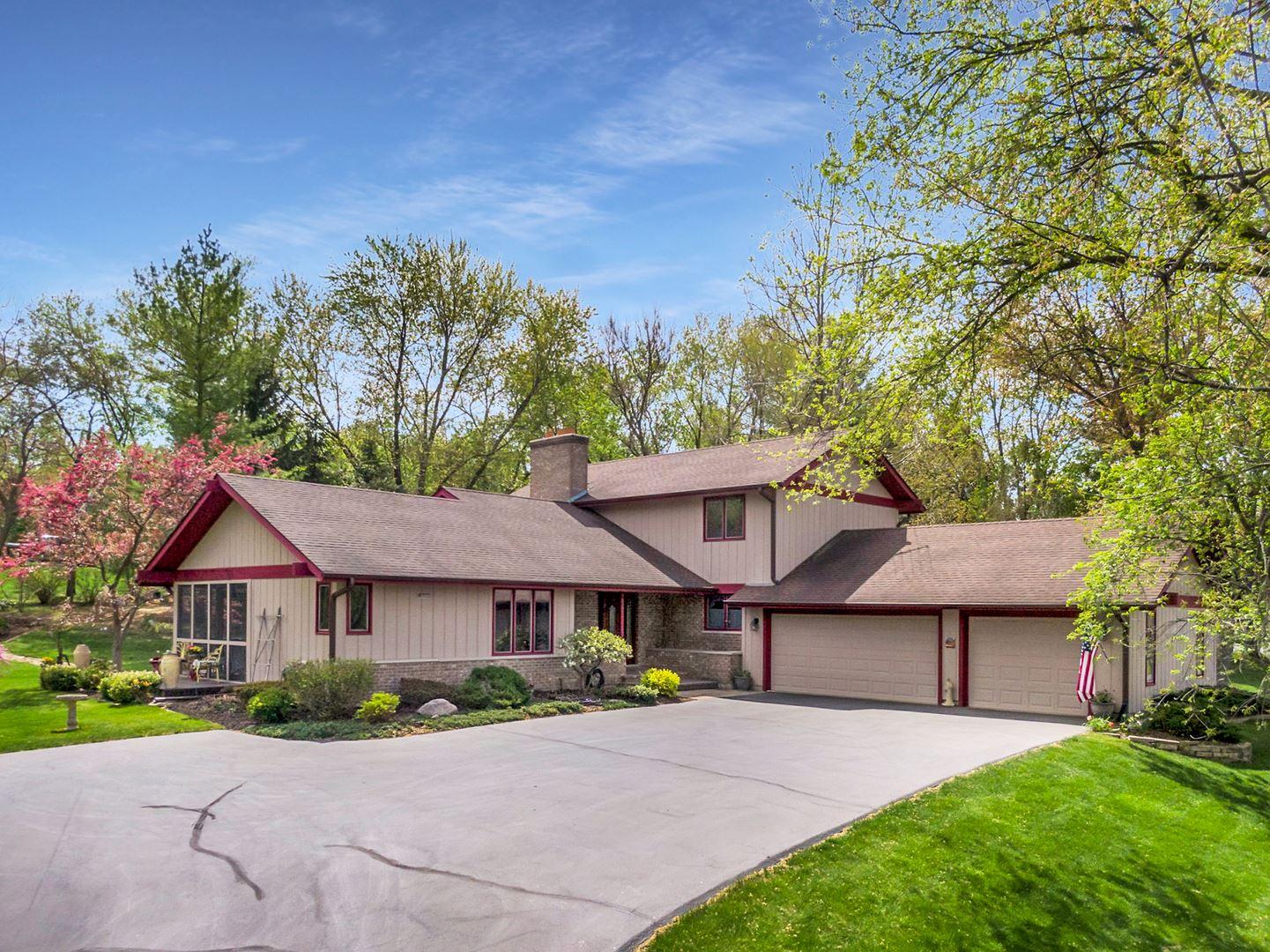 4010 Fox Trail, Crystal Lake, IL 60012 - #: 11072464