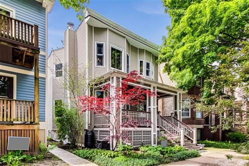 Photo of 2425 W Eastwood Avenue, Chicago, IL 60625 (MLS # 10716465)