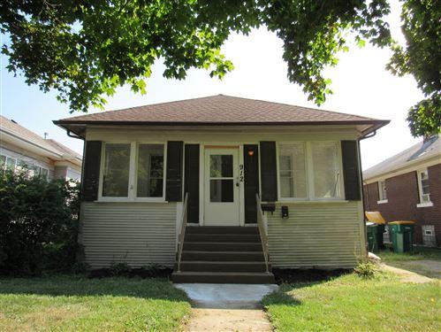 Photo of 912 Kelly Avenue, Joliet, IL 60435 (MLS # 11223466)