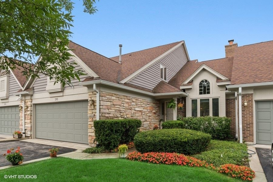 310 Lake View Court, Deerfield, IL 60015 - #: 10785468