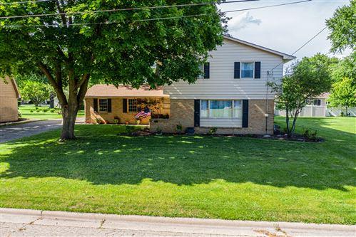 Photo of 705 Baker Avenue, Lasalle, IL 61301 (MLS # 10763471)