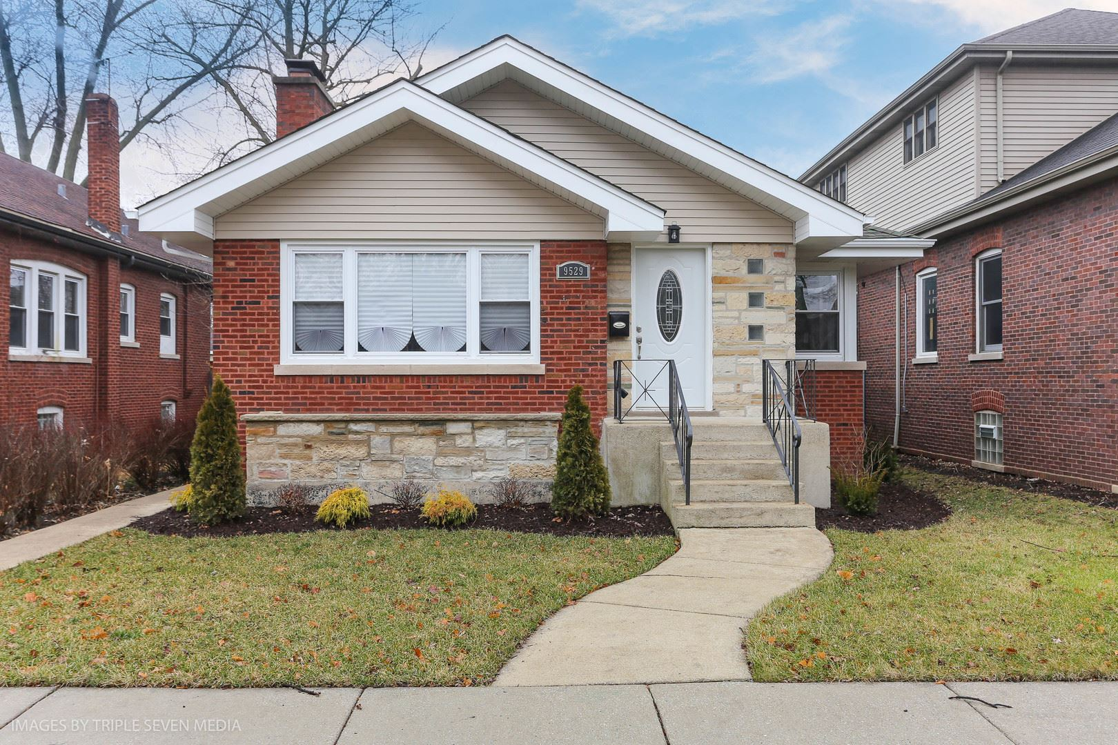 9529 S Hamilton Avenue, Chicago, IL 60643 - #: 10707471