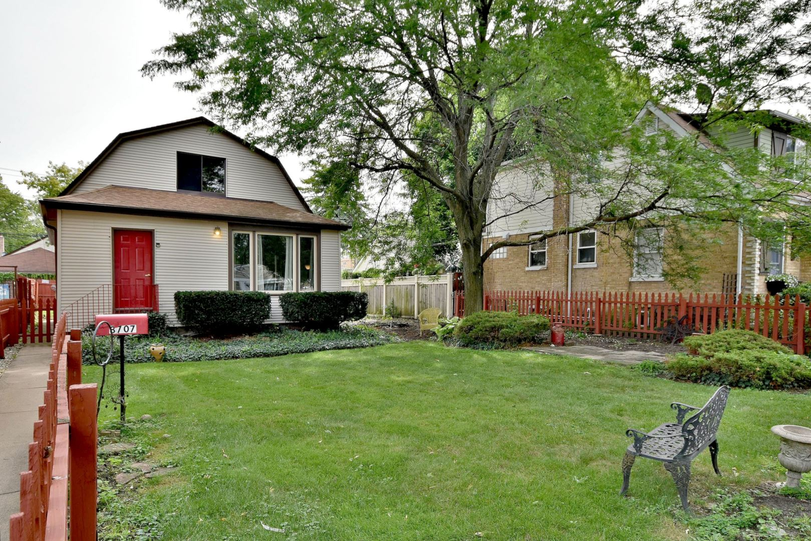 3707 N Page Avenue, Chicago, IL 60634 - MLS#: 10653473