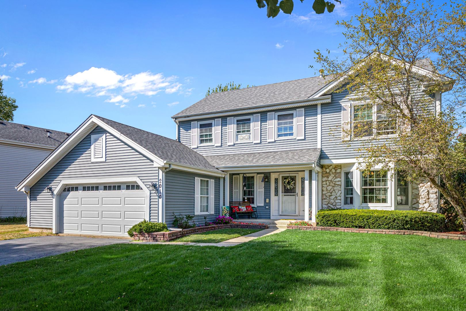 2010 Glenmoor Drive, West Dundee, IL 60118 - #: 10852474