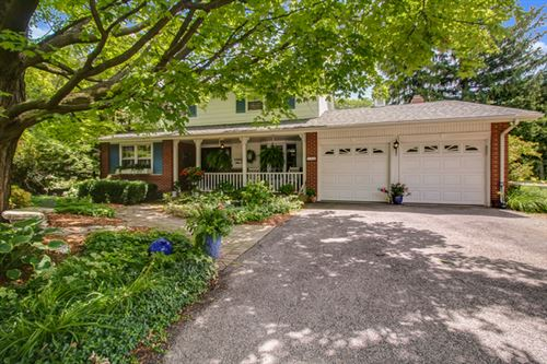 Photo of 936 OXFORD Street, Downers Grove, IL 60516 (MLS # 10679475)