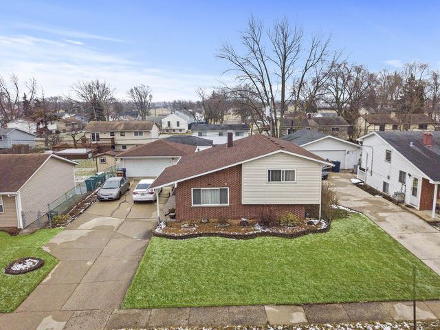 61 E Wrightwood Avenue, Glendale Heights, IL 60139 - #: 10616475