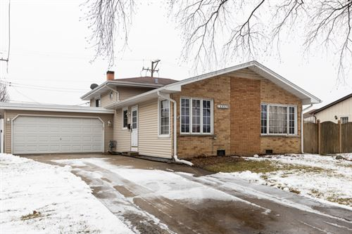 Photo of 16860 Sandy Lane, Tinley Park, IL 60477 (MLS # 10619476)