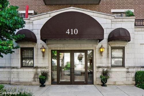 Photo of 410 W Burlington Avenue #201, La Grange, IL 60525 (MLS # 10998476)