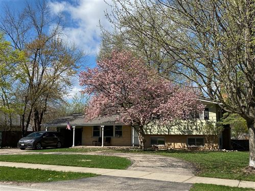 Photo of 5282 Meyer Drive, Lisle, IL 60532 (MLS # 11051476)