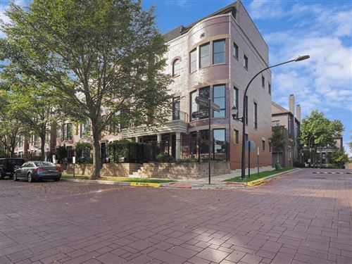 Photo of 2714 N Hermitage Avenue, Chicago, IL 60614 (MLS # 11251478)