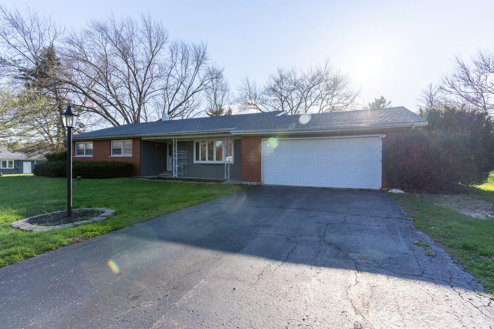 28 Center Drive, Oswego, IL 60543 - #: 10691479