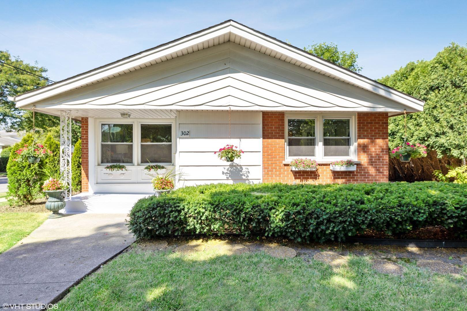 302 N Edgewood Avenue, La Grange Park, IL 60526 - #: 10811481