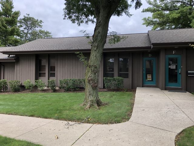4302 W Crystal Lake Road UNIT D, McHenry, IL 60050 - #: 10571482