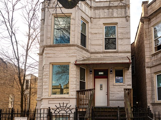 1826 S Hamlin Avenue S, Chicago, IL 60623 - #: 10686482