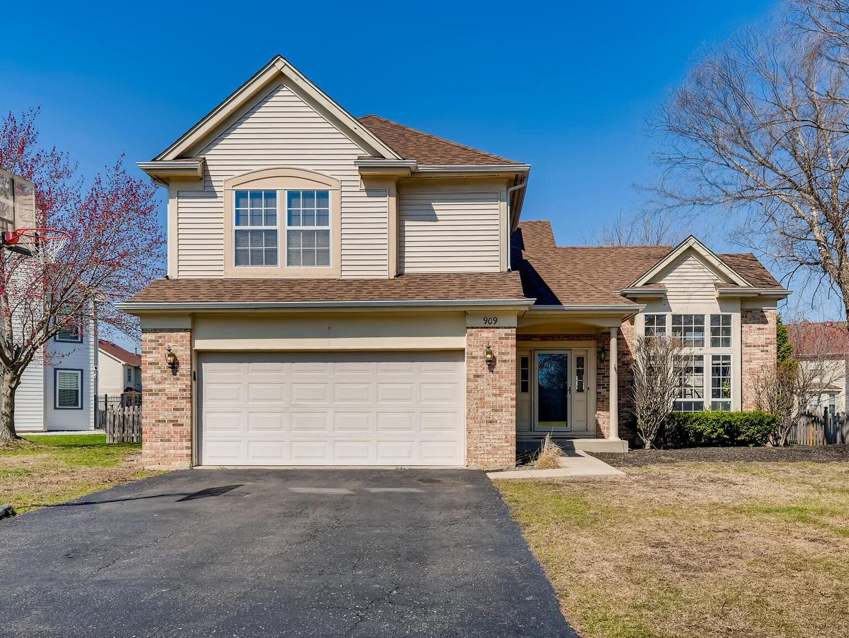 Photo of 909 Brompton Circle, Bolingbrook, IL 60440 (MLS # 11029482)