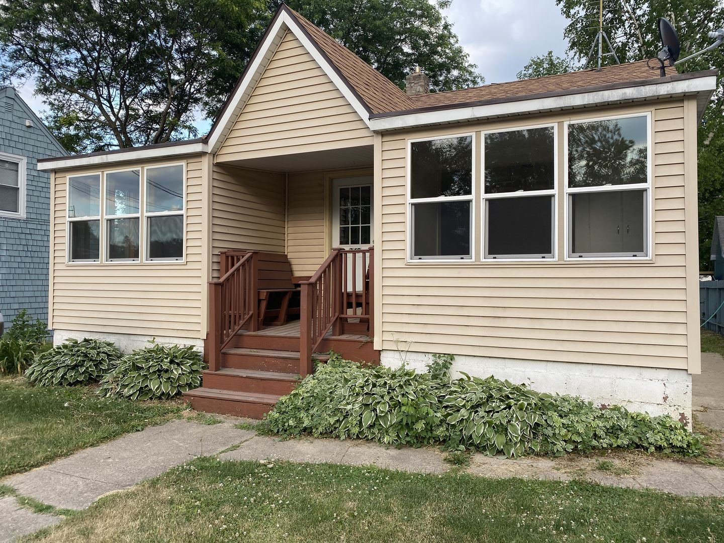 349 S Mchenry Avenue, Crystal Lake, IL 60014 - #: 11116487