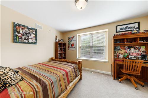 Tiny photo for 124 W Hillside Avenue, Barrington, IL 60010 (MLS # 10793489)