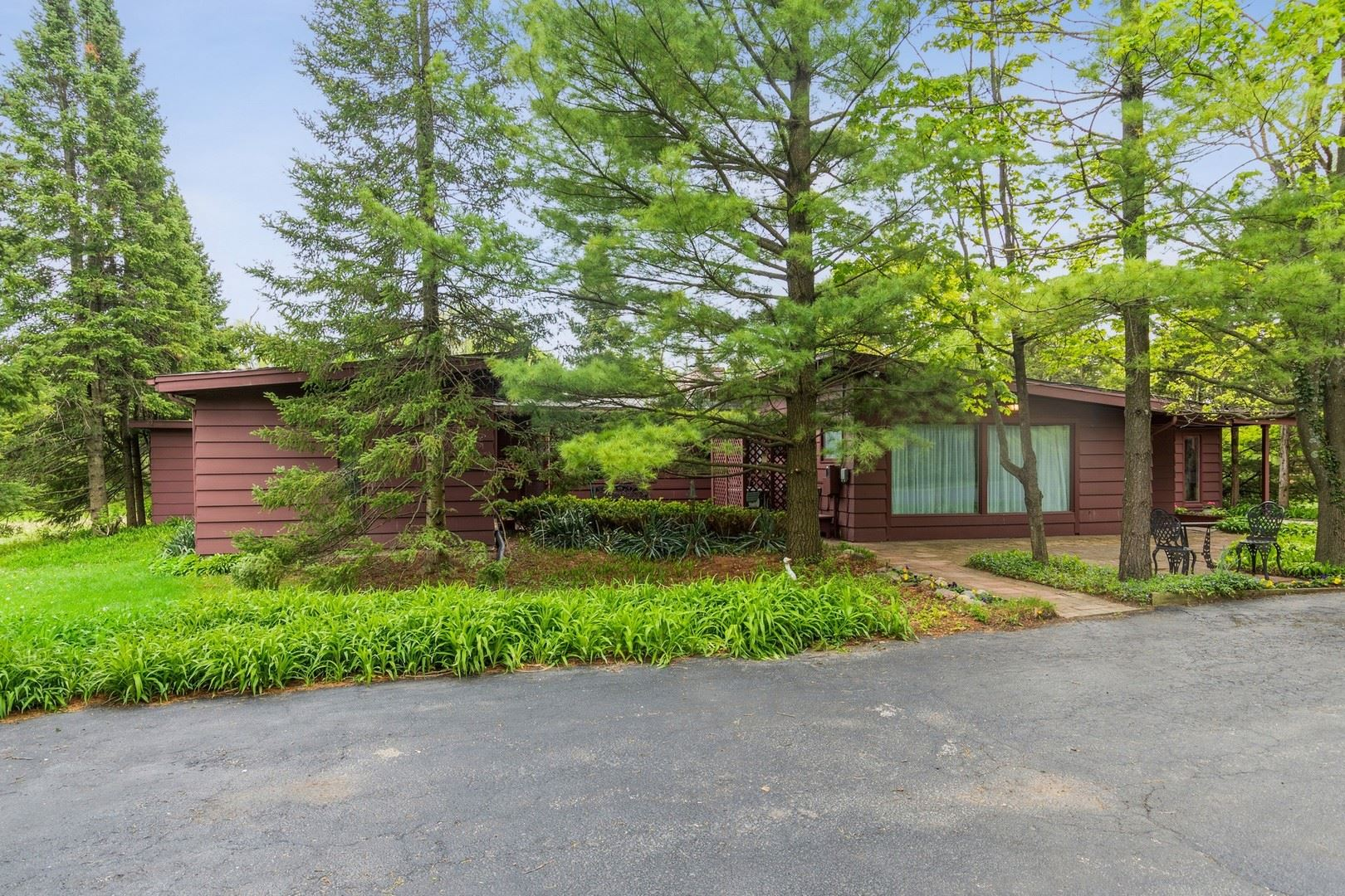 1411 S Estate Lane, Lake Forest, IL 60045 - #: 11160489