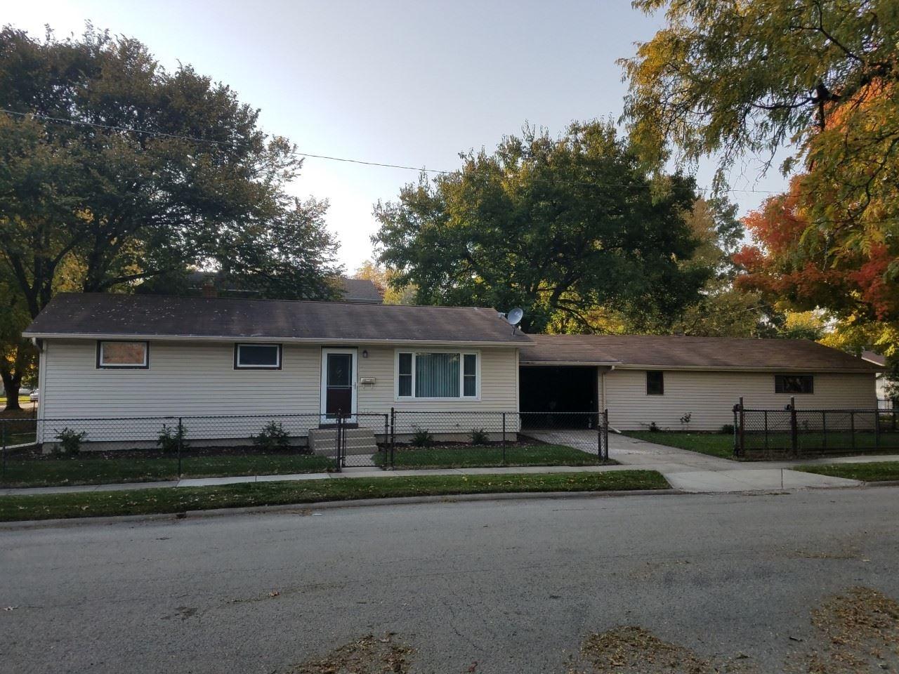 2304 Elmwood Street, Rockford, IL 61101 - #: 11001490