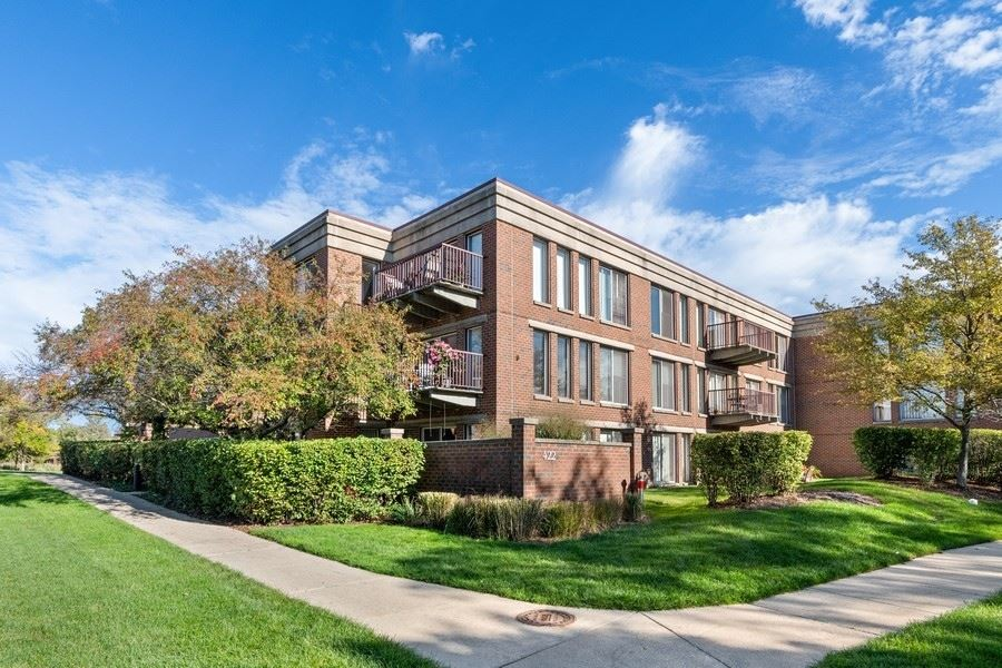 422 Kelburn Road #323, Deerfield, IL 60015 - #: 11249491
