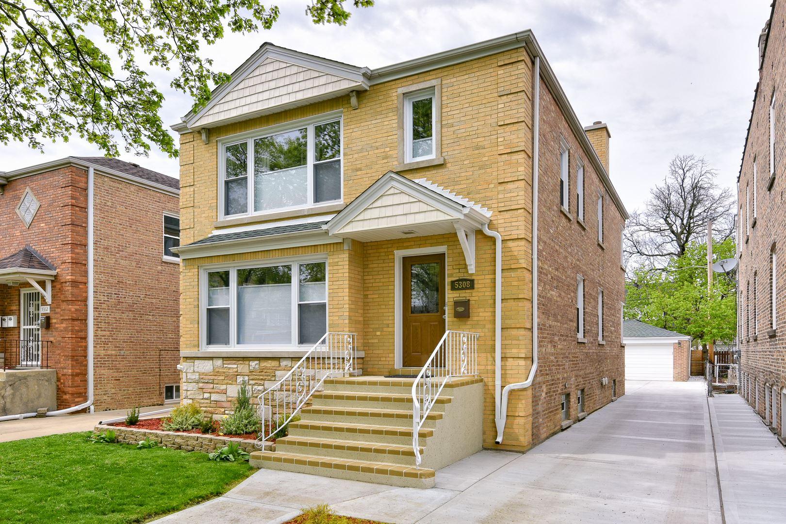 5308 W Sunnyside Avenue, Chicago, IL 60630 - #: 10707495