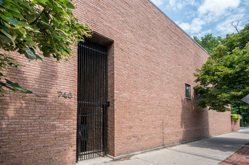 Photo of 740 W Webster Avenue #G, Chicago, IL 60614 (MLS # 11084496)