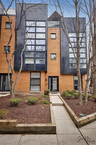 Photo of 2046 W Willow Street #A, Chicago, IL 60647 (MLS # 10709497)