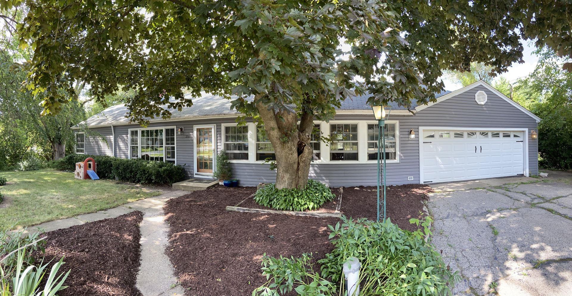 201 Lakewood Drive, Oakwood Hills, IL 60013 - #: 10817497