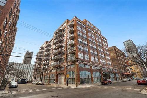 Photo of 933 W Van Buren Street #512, Chicago, IL 60607 (MLS # 10964498)
