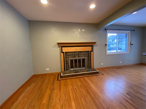 Tiny photo for 124 New Castle Court, Rolling Meadows, IL 60008 (MLS # 10970498)