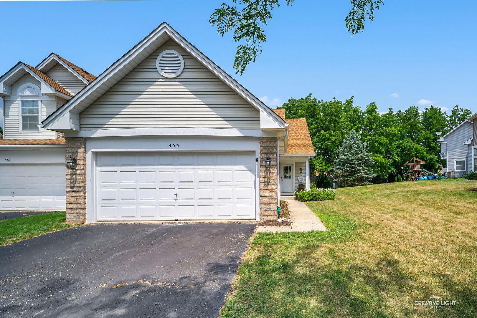 453 Prairieview Drive, Oswego, IL 60543 - #: 10740498