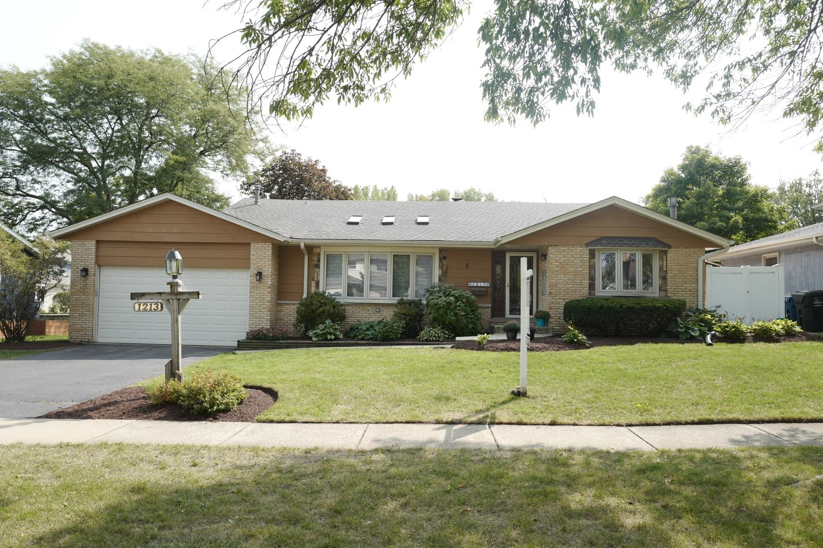 1213 60th Place, Downers Grove, IL 60516 - #: 10858498