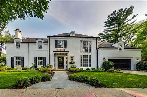 Photo of 300 Blackstone Avenue, La Grange, IL 60525 (MLS # 11160500)