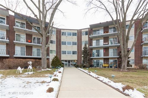 Photo of 5540 Walnut Avenue #11A, Downers Grove, IL 60515 (MLS # 10959501)